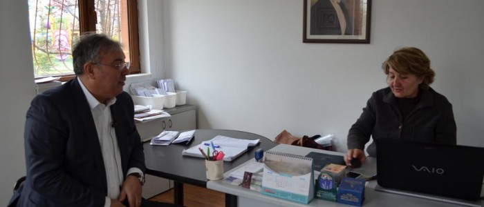 CHP Ankara 1.Bölge Milletvekili A.Adayı Ercan ÇUHADAR Ümit Mahallesi Muhtarı Ayşe ÇALIŞKAN'ı ziyaret etti.